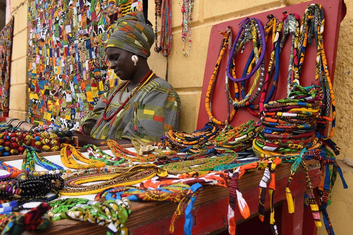 Kunsthandwerk Senegal als Impressum